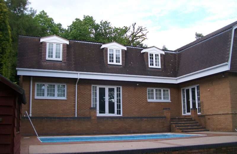 hite ogee gutter, white fascia and white square downpipes
